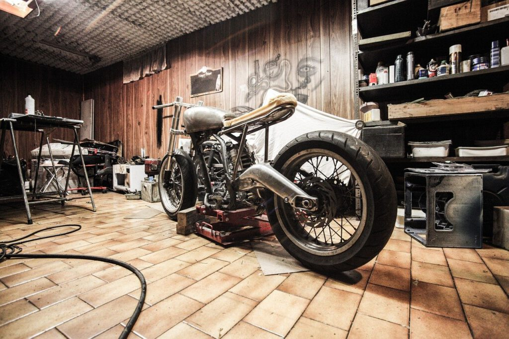 Garage Motorrad Bike Hobbyraum Werkstatt