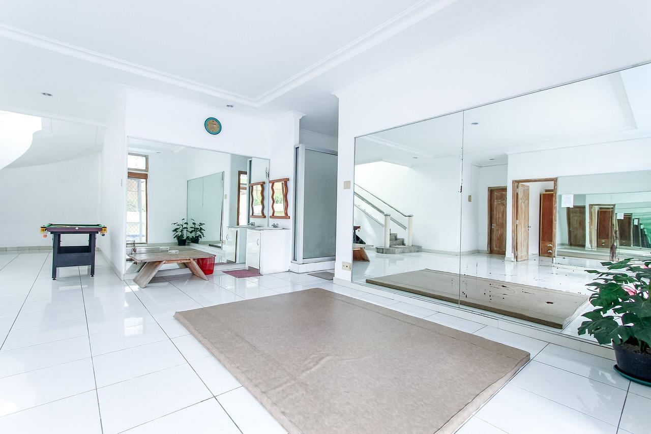 Haushalt Ordnung Sauberkeit Fliesen Teppich Bodenreinigung